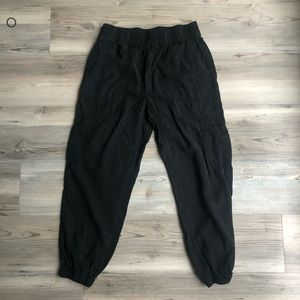 American Eagle high waisted cargo pant joggers